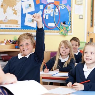 В Англии появятся летние школы. Они помогут ученикам наверстать упущенные за год знания