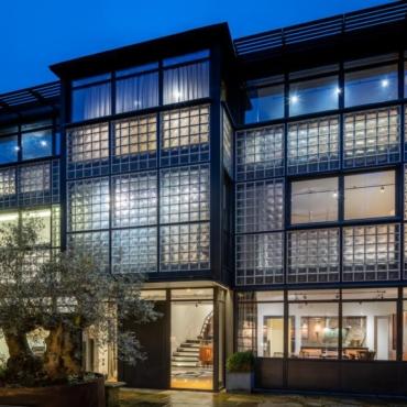 Бывший дом режиссера Тима Бертона в Лондоне сдается в аренду за 65 тысяч фунтов в месяц