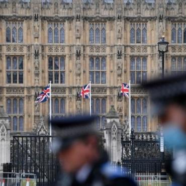 Британия ввела санкции в отношении 14 россиян, связанных с делом Магнитского