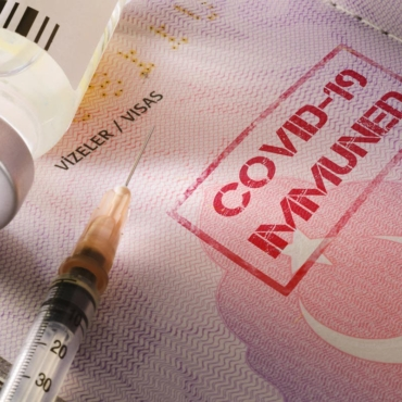 В качестве ковидного паспорта британцы смогут использовать приложение NHS
