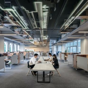 Больше миллиона британцев не вернутся к работе в офисах