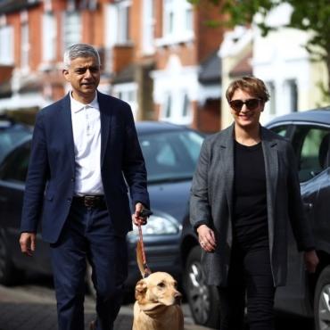 Садик Хан выиграл выборы. Он пообещал восстановить туризм в Лондоне
