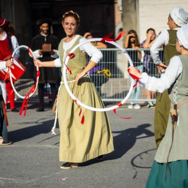 5 британских праздников, которые широко отмечались в Средневековье
