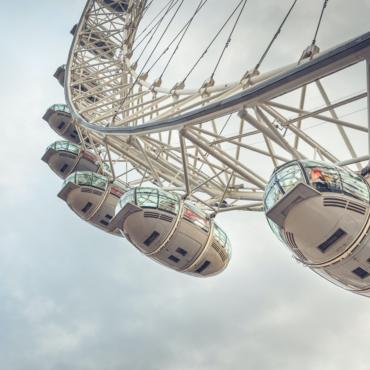 В одной из кабинок колеса обозрения London Eye появится паб