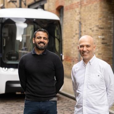Uber и Arrival занялись совместным созданием электрических такси