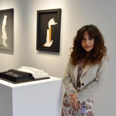 Куратор Фарах Пирие — о выставке скульптора Айдан Салаховой в Лондоне