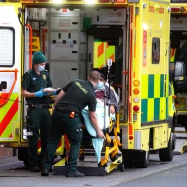 Больше 32 тысяч человек заболели коронавирусом за прошедшие сутки в Британии