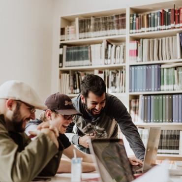 Альтернативные способы получения образования в Британии: программы Foundation и Apprenticeships