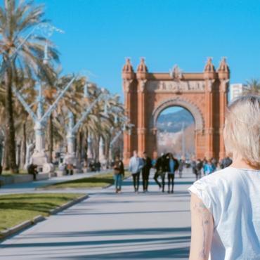 Испания открывает границы для всех вакцинированных туристов