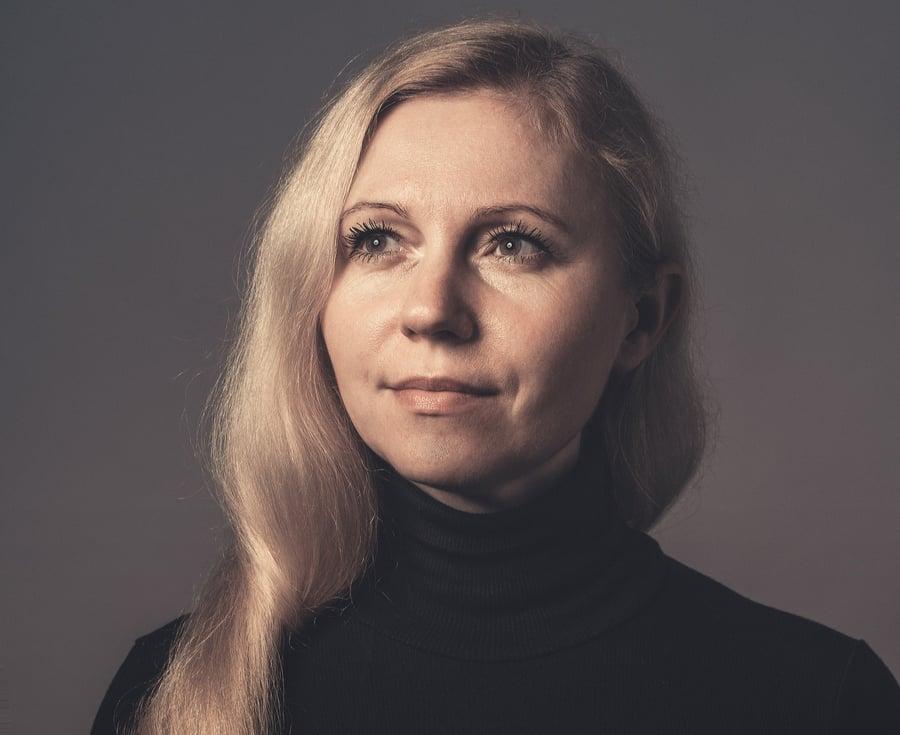 Оксана Суханова