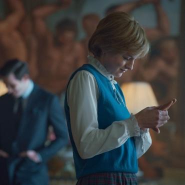 Звезда сериала «Корона» сыграла аферистку Анну Сорокину в новом шоу в Лондоне