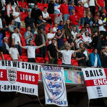 УЕФА открыл дисциплинарное разбирательство по итогам матча Англия-Дания