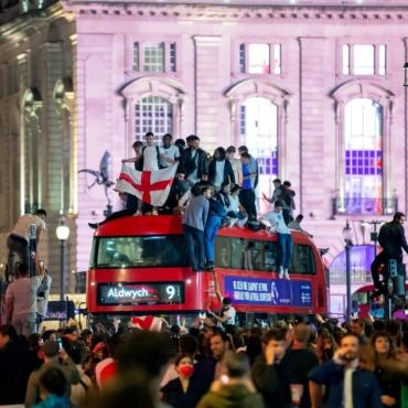 Англичане просят объявить 12 июля выходным днем, если их сборная выиграет Евро-2020