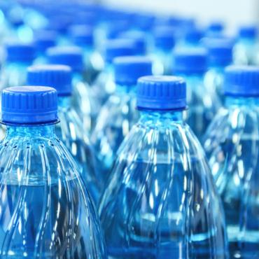 Главные врачи Британии рекомендовали добавлять в питьевую воду фтор ради здоровья зубов у населения
