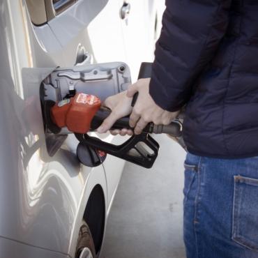Рекордный скачок цен отмечается в Великобритании: дорожают продукты и бензин