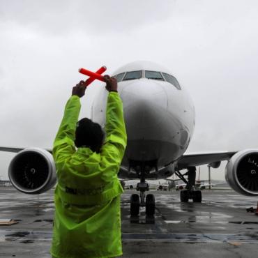 Власти Марокко ввели запрет на авиасообщение с Великобританией из-за COVID-19
