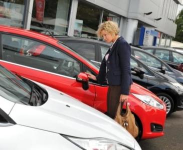 В Британии резко выросли спрос и цены на подержанные автомобили