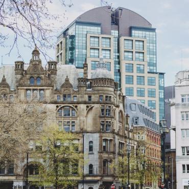 Суфражистки, The Guardian, графен: чем славен Манчестер