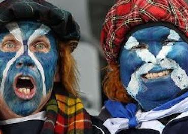 В Шотландии пускать в клубы и на футбольные матчи теперь будут только с паспортом вакцинации