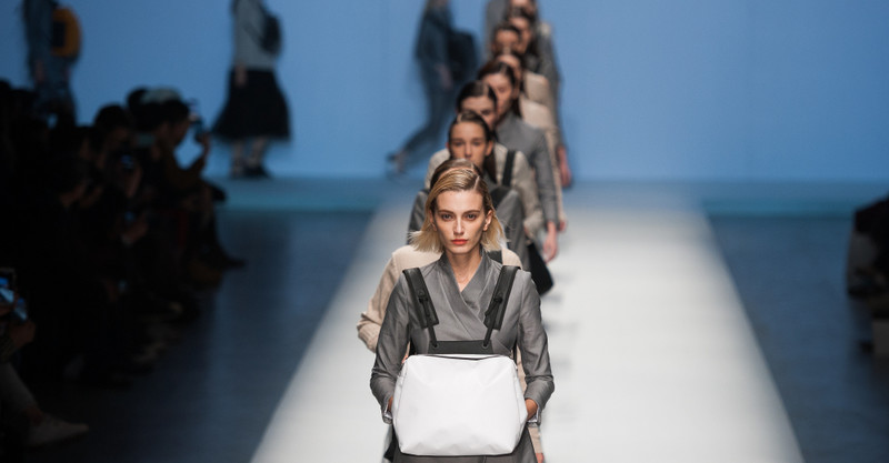 Я работа моделью в японии девушки ищу работу в москве девушке